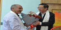 王予波在慰问医师及团队时强调:在全心全意服务各族群众健康中实现人生价值与情怀 - 卫生厅